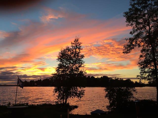 Bonnie Brink - Kawartha Lakes - Casa