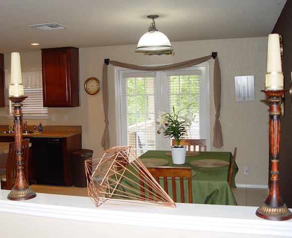 Large kitchen w/Keurig Smoothie Blender and all kitchen items of home