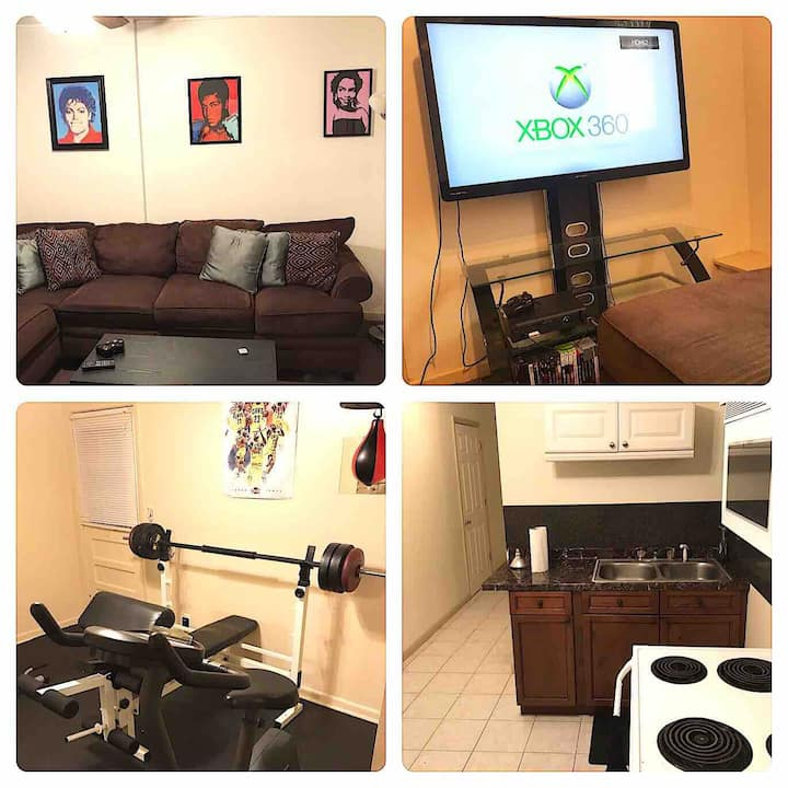 ENTIRE PRIVATE 1BDRM SUITE close to DTWN ATL w/GYM
