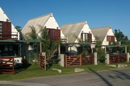 Cabaña en Arachania -Rocha-Uruguay - Arachania