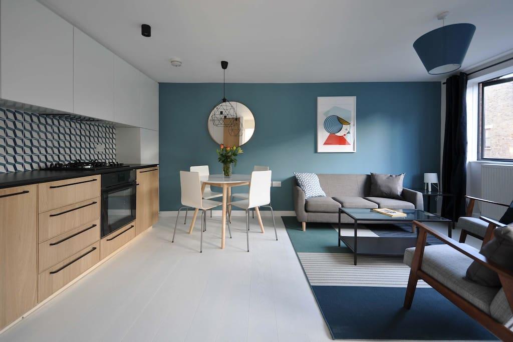 Open plan dining-living room