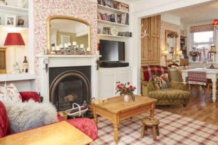 Victorian retreat in picturesque Market Harborough