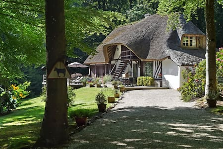 Normandy, charming cottage  and dependency 4 rooms