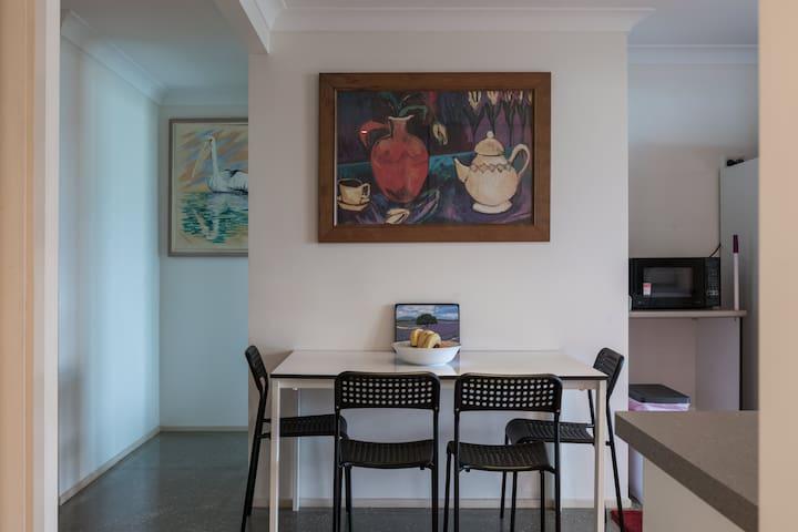 2 Bedroom Coomera River Retreat