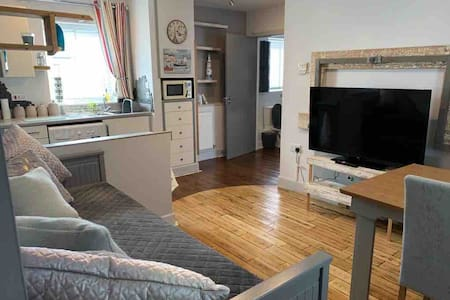 Stylish Apartment Marina Great Location Portishead