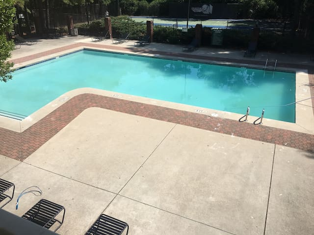 Charming room outside Downtown ATL - Austell - Apartamento