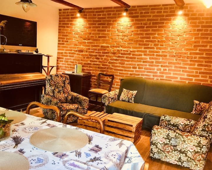 Apartment for 4 people - stylish house near Cracow