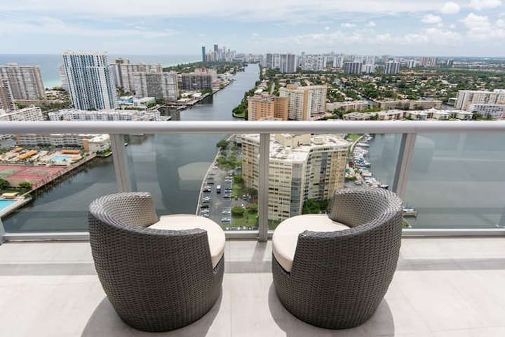 Amazing Duplex in Hallandale