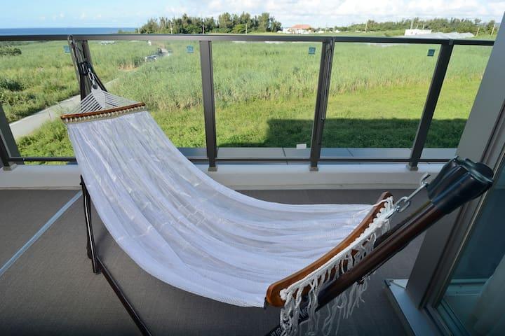 【New OPEN】Beachside apart & Ocean-view! Queen Bed☆