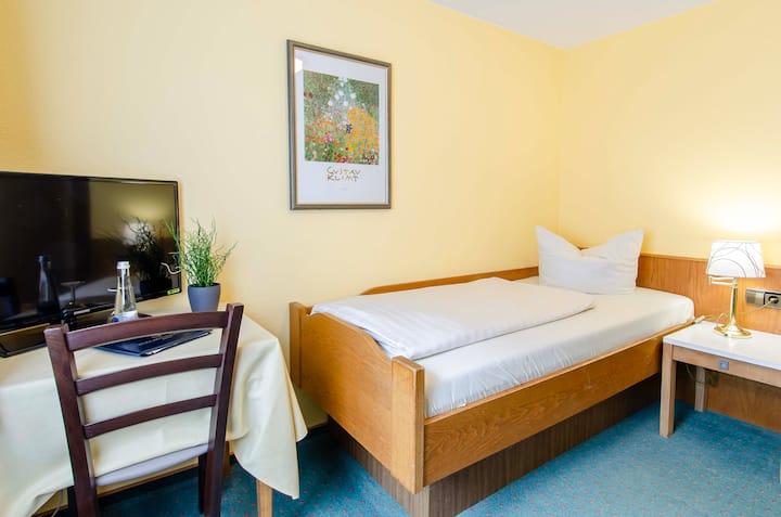 Kurgarten-Hotel, (Wolfach), Basic Einzelzimmer