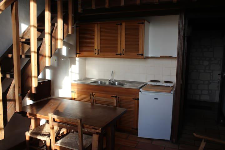 Joli studio dans propriété de charme - Loudun - Apartamento