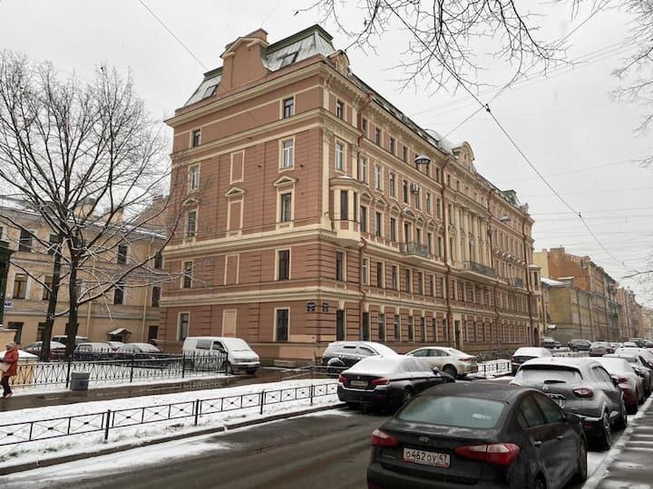 Квартира в историческом центре Санкт-Петербурга