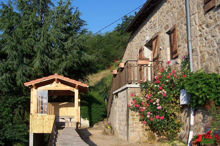 Gite les Egayts - Lamastre - Rumah