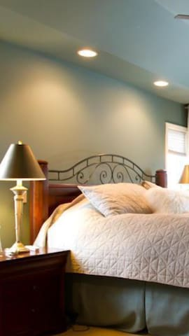 Cozy bed with a view - Walnut - Bed & Breakfast