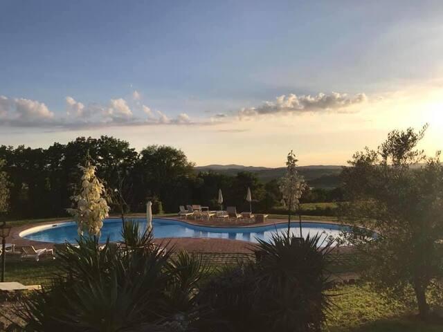 Appartamento in residence con piscina nel Chianti