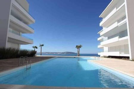 Appartement de luxe Cap Tinjis