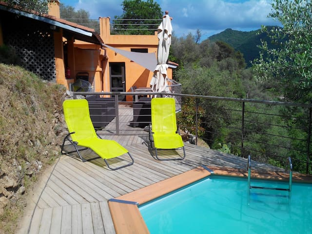 beautiful cottage with pool: 8 pers - Rocchetta Nervina - House