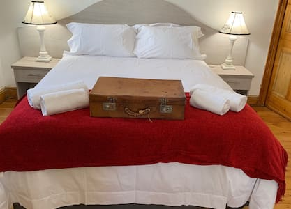 Savoy Hotel Beaufort-West Economy Single Room