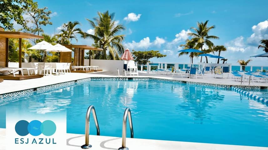 Condo Hotel @ Isla Verde Beach & 5min to Airport