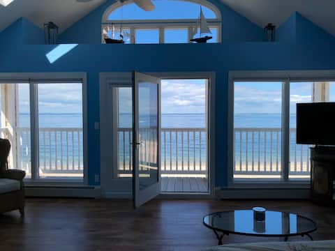 Oceanfront home in Bayville, NY