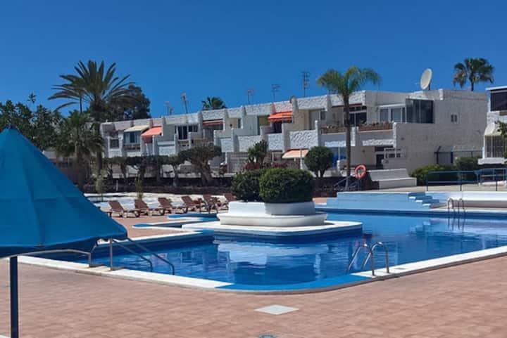 Beautiful apartment / Wi-Fi / Swimming Pool