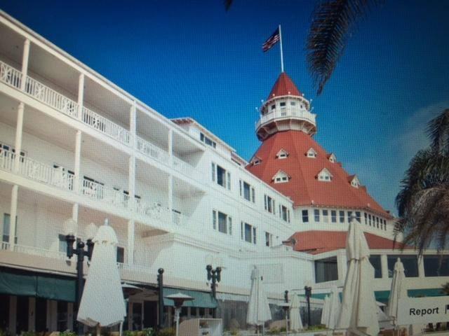 CORONADO ACROSS STREET FROM OCEAN SAND & HOTEL DEL