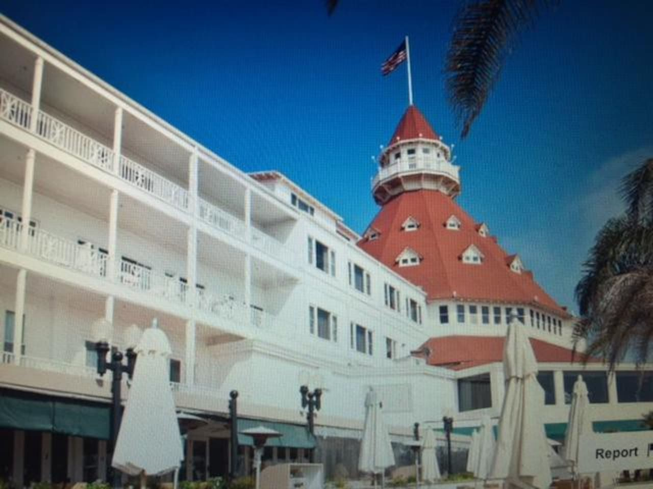 LOCATED DIRECTLY ACROSS THE STREET FROM HISTORICAL HOTEL DEL ON THE BEACH.  You  are staying at Coronado Beach Resort, across from the Hotel Del Coronado.