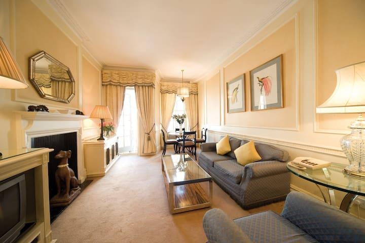 44 Curzon Street, 1 Bedroom