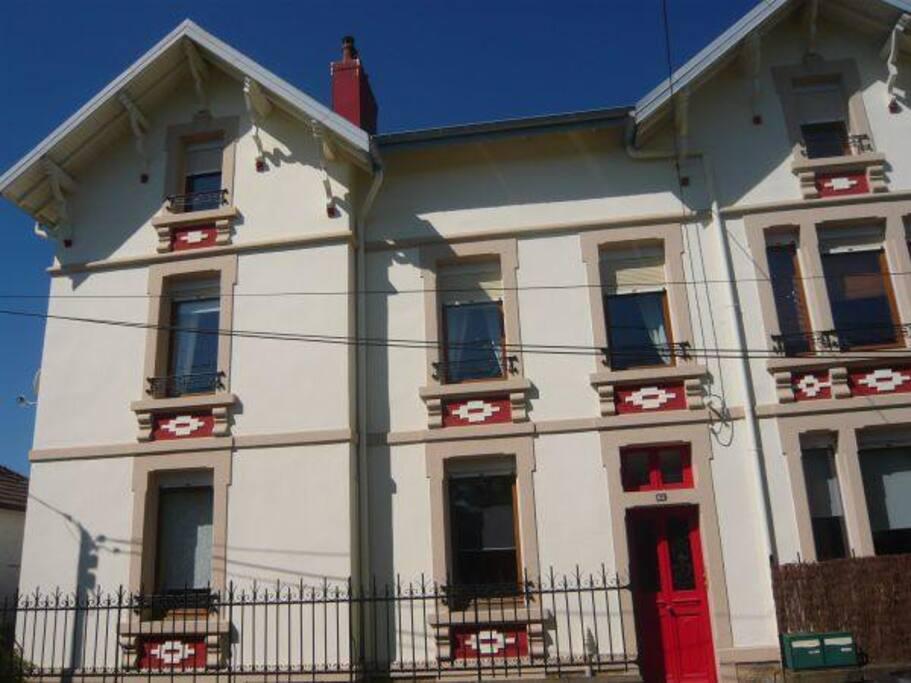 La façade de notre accueillante maison