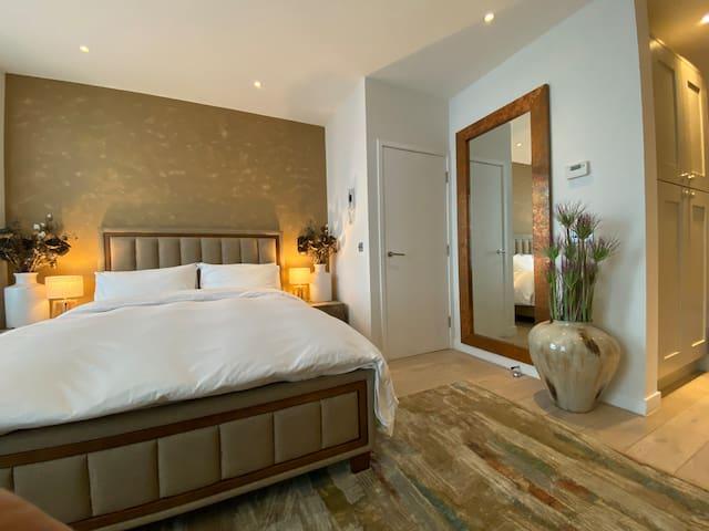 Soho / Leicester Sq Apartment - Interior Designer