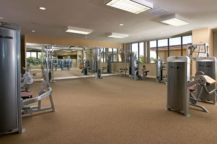 Gym area at apartment