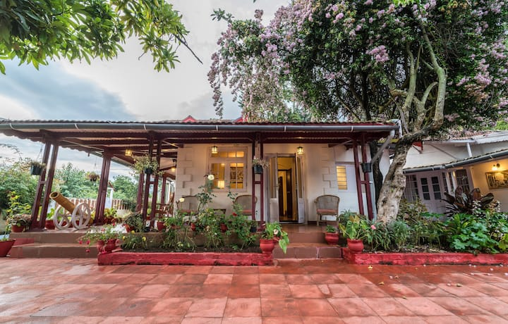 Colonial 4BR Home, Great for Families, Coonoor - BBQ & Bonfire available