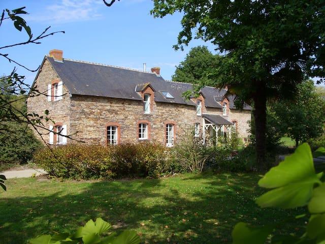 Chez Françoise et Gérard - Le Petit-Fougeray - Talo