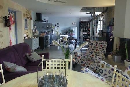 """1 Chambre  Villa """"Art Déco"""" en Provence Piscine - Miramas"""