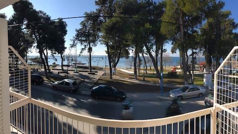 Michaniona's Beautiful Studio next to the sea