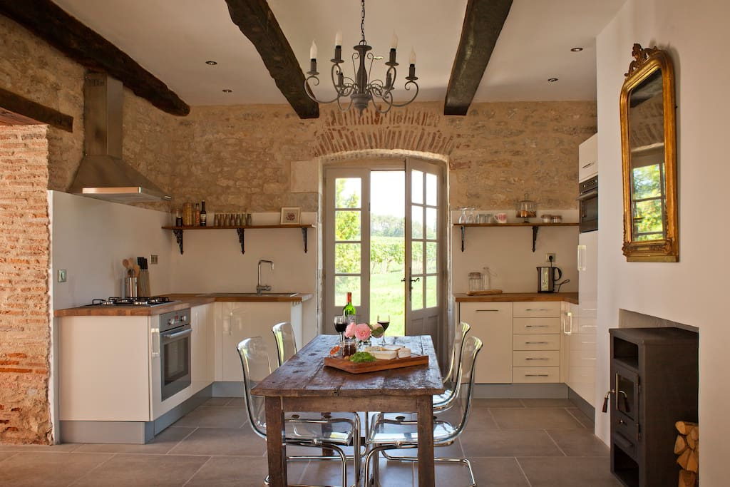 Kitchen with access to private terrace
