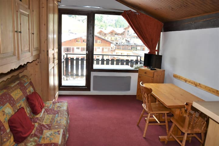 Very central studio, view of the ski slopes - Last floor