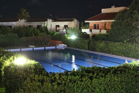 Mike's guest house (VISIT SICILY) SOLO AGOSTO