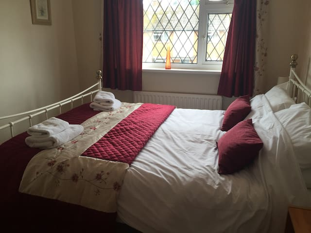 Home From Home in Bridgnorth - Bridgnorth - Casa