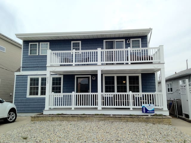 8502 Seaview Avenue 2nd Floor - Wildwood Crest - Apartment