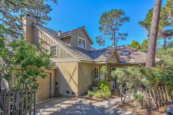 Carmel-By-The-Sea Cottage Walking Distance To Town