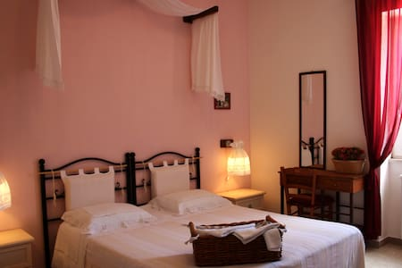 B&B La Cascata - Noci - Bed & Breakfast