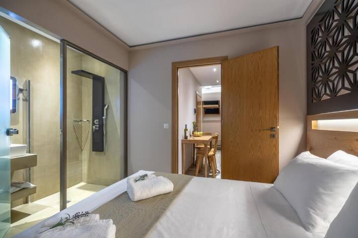Azante Boutique Suites - 2nd Floor Suite(Sea View)