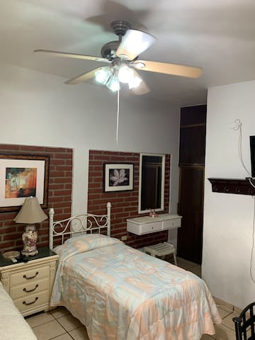 Apartamento amueblado con todos los servicios
