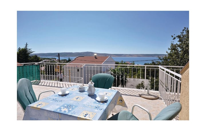 Beautiful home in Starigrad Paklenica with 2 Bedrooms