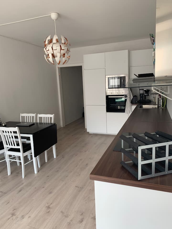 Light, cosy apartment in the heart of Carl Berner.