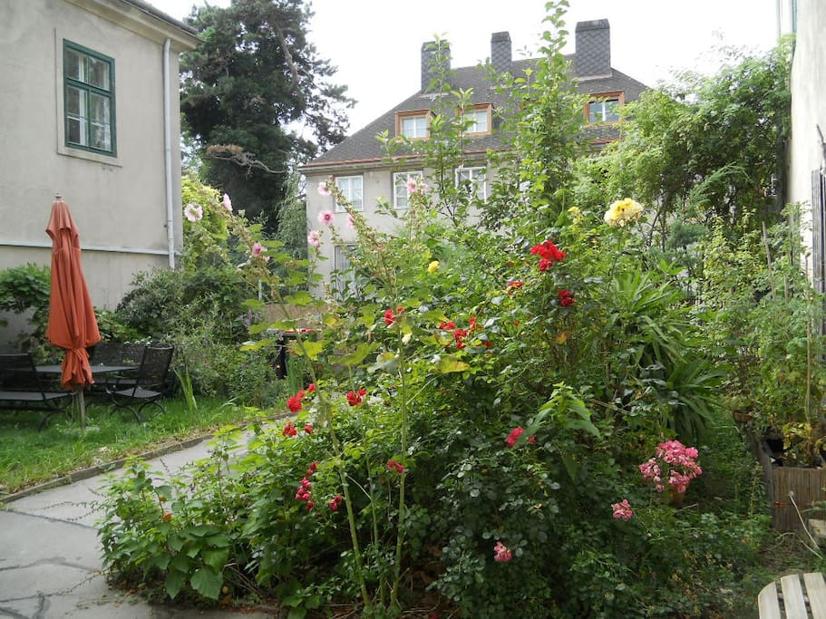 blumengarten - lovely garden in the middle of Vienna - just relax