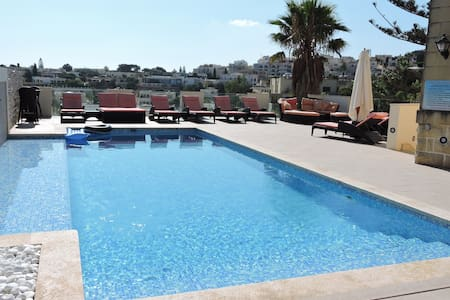 Luxurious 5 bed Villa Outdoor & Indoor Heated Pool - Il-Mellieħa - Villa