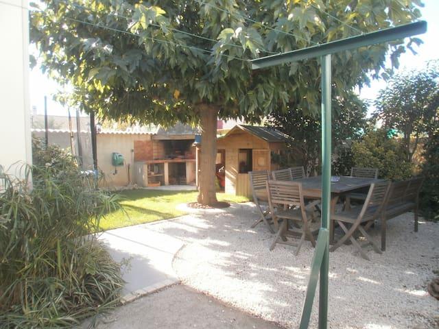 Villa 6 chambres avec jardin à Béziers - Béziers - Dom