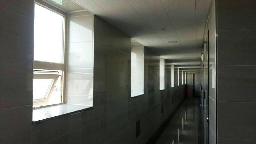 7階、新築のキレイなお部屋に滞在しながらソウルを満喫!